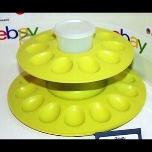 Brand New Tupperware Eggceptional Holder